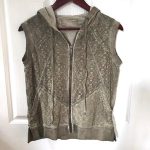 DKNY olive hooded lace front vest, large